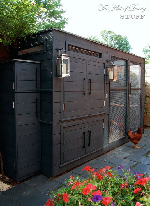 The worlds best looking chicken coop - from Karen at http://www.theartofdoingstuff.com/the-coop/
